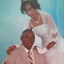 Mariam Yahia Ibrahim Ishag (kanan), wanita Sudan yang divonis mati atas tuduhan murtad.